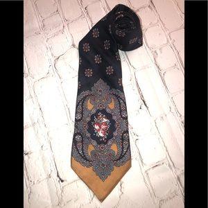 Gorgeous Yves Saint Laurent tie